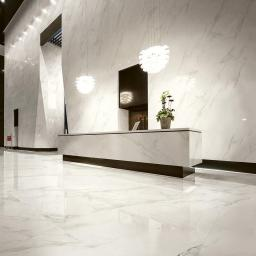 Large Format Calacatta Porcelain Slabs