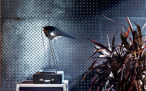 stage metallic blue boss.jpg